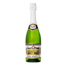 бяло газирано вино...